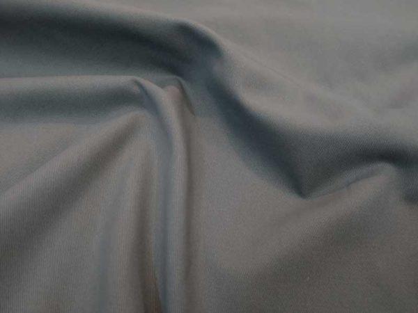 Sarga pantalón color gris