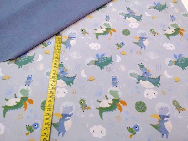 Softshell de dragones astronautas de la marca Katia Fabrics