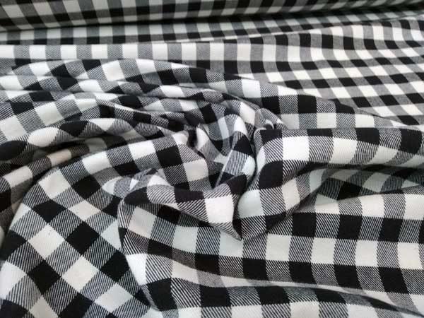 Vichy blanco y negro. Viyela de algodón